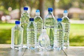 Las 8 claves del agua mineral: Todas son saludables pero no iguales (GETTY IMAGES/ISTOCKPHOTO / ABBIEIMAGES)