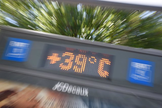 Temperaturas, calor, verano, termómetro