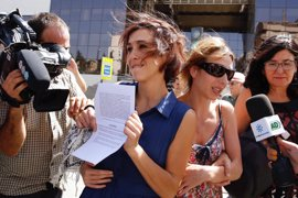 Fiscalía estudia recurrir la libertad provisional de Juana Rivas, que podría ser citada con su expareja
