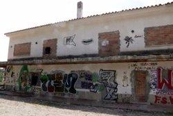 Veïns de Riudecanyes alerten els Mossos d'haver vist l'A3 pel poble i de