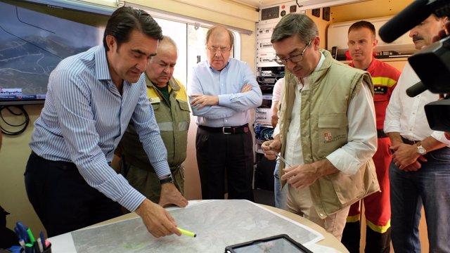 Herrera y Suárez-Quiñones visitan la zona del incendio
