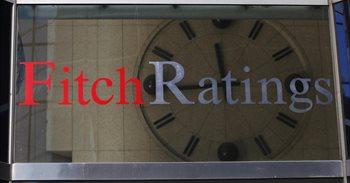 """Fitch 'amenaza' a EEUU con quitarle la 'triple A' si no toma una decisión """"coherente"""" sobre su deuda"""