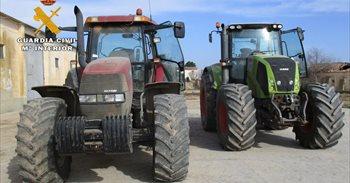 Cuatro detenidos por hurto y receptación de dos tractores en Albacete
