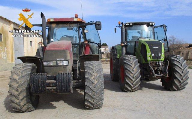Opc Albacete. Nota De Prensa (Hurto De Dos Tractores Valorados En 80.000 €).