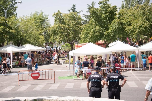 Policía local en el recinto ferial