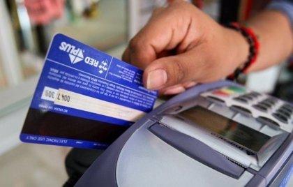 OCU dice que las tarjetas son una opción segura de pago, a pesar del aumento de las operaciones fraudulentas