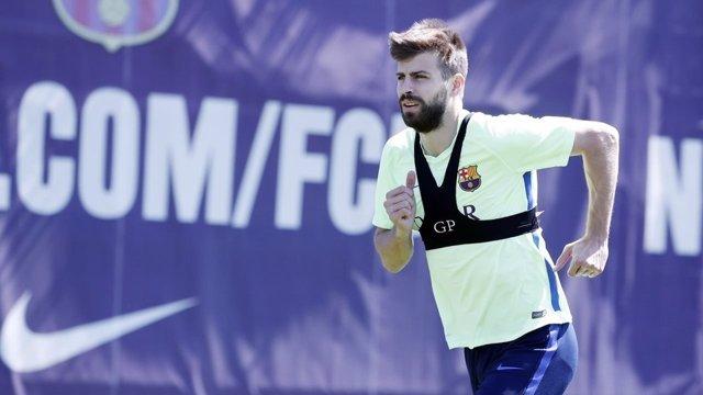 Gerard Piqué Barcelona entrenamiento