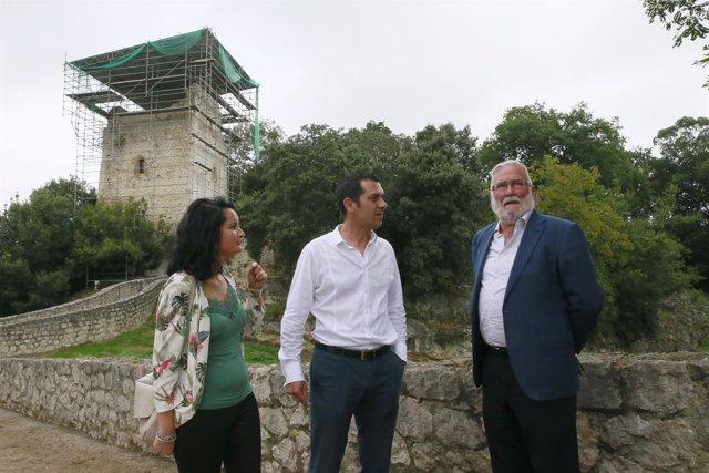 El consejero visita la Torre de Estrada