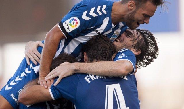 Jugadores del Lorca celebran un gol en la primera jornada liguera