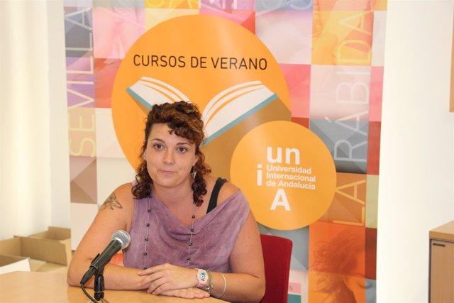 Sandra Marín, psicóloga especializada en animales y fundadora de Psicoanimal
