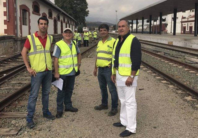 Landaluce visita las obras de la Bobadilla-Almoraima