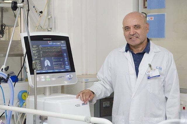 Javier Muñoz, jefe de sección de Medicina Intensiva del Hospital Gregorio Marañó