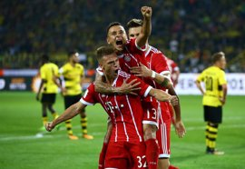 La Bundesliga mantiene el VAR pese a los fallos