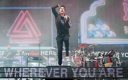 Bastille revelan nuevos detalles sobre su tercer álbum