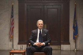 Liam Neeson es Garganta Profunda en el tráiler de Mark Felt