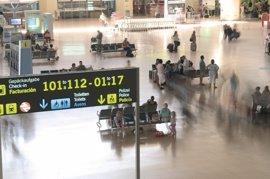 Los aeropuertos operarán este final de agosto más de 3.000 vuelos