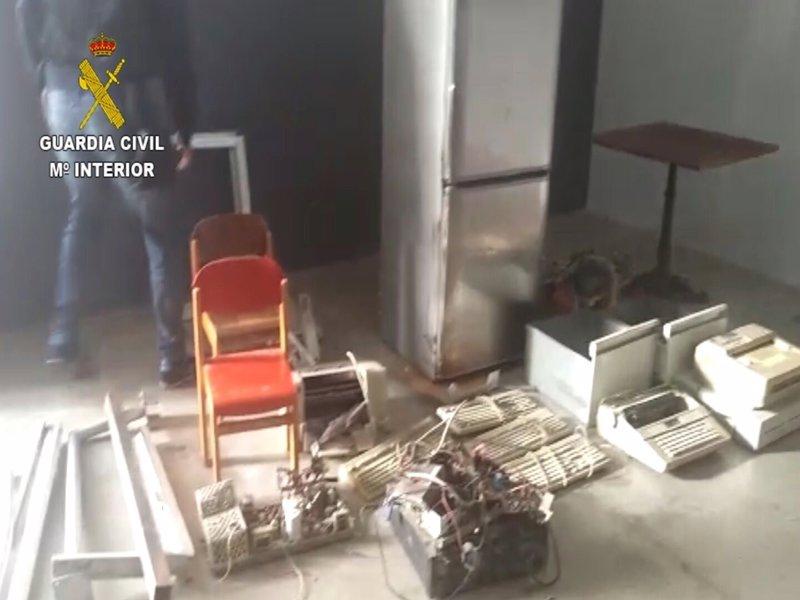 Detenidas seis personas y ocho investigadas por una serie de robos en Puntos Limpios de Gran Canaria