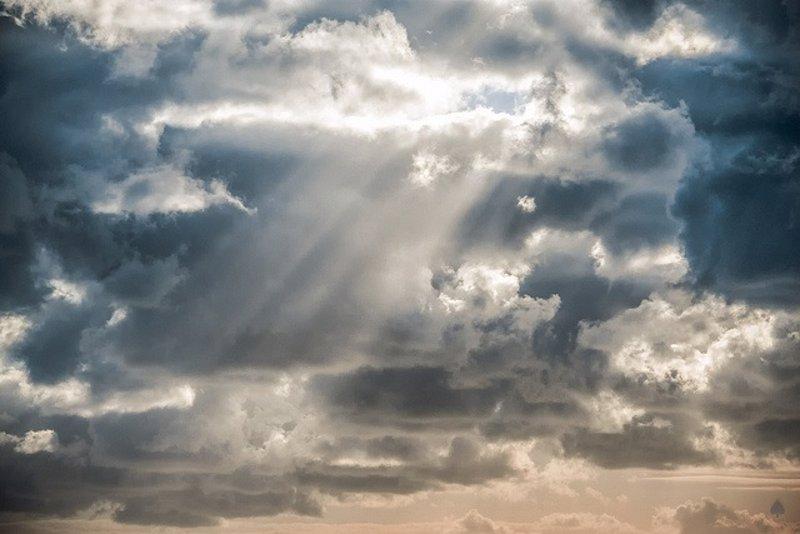 Expertos y Gobierno no tienen constancia de que se fumigue con agentes químicos el cielo de C-LM para evitar que llueva