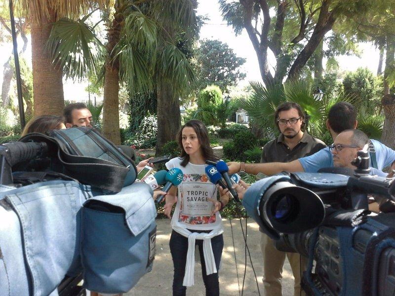 """Cs afirma que no va a estar en la votación de """"las leyes de la ruptura"""" en relación a la Ley del Referéndum catalán"""