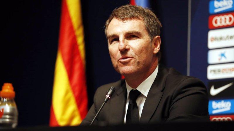 "Robert Fernández: ""Messi está rodeado de grandes jugadores"""
