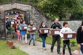 Foto: Gobierno, asociaciones memorialistas y el pueblo de Donamaría-Gaztelu rinden homenaje a la familia Goñi Sagardía