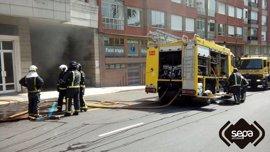 Sofocado un incendio en un garaje en Avilés