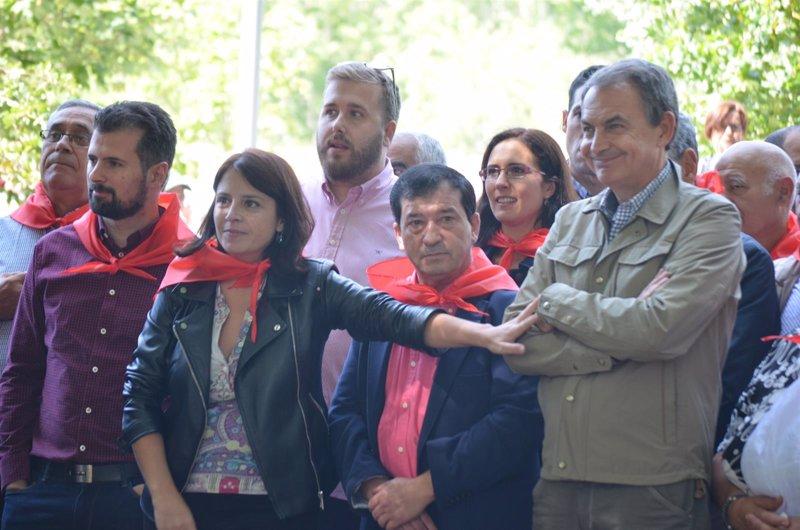 """Lastra califica la situación política de """"anomalía democrática"""" y acusa a Rajoy de """"reírse"""" del Parlamento y de España"""