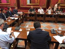 """El alcalde de Granada agradece a Zoido su idea de """"mediar"""" con Hacienda para que la Policía Local amplíe su plantilla"""