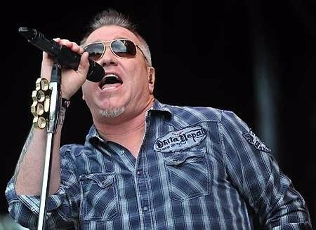 Image #: 31546698    Steve Harwell performs with Smash Mouth. Smash Mouth perfor