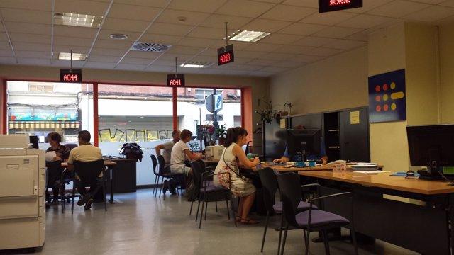 El desempleo baja en asturias un 0 24 en agosto hasta for Oficinas liberbank oviedo