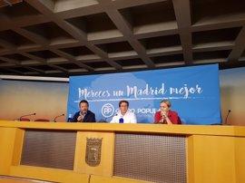 """PP arremete contra """"gobierno ausente"""" de Carmena, que va ya por """"su segunda vuelta al mundo desde que es alcaldesa"""""""
