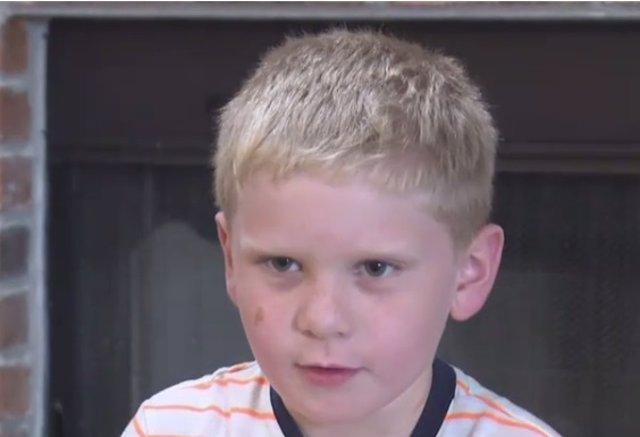Branson, niño de seis años que salvó la vida de sus primos de 21 meses