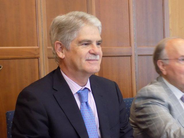 El ministro de exteriores de espa a viaja este martes a for Exteriores espana