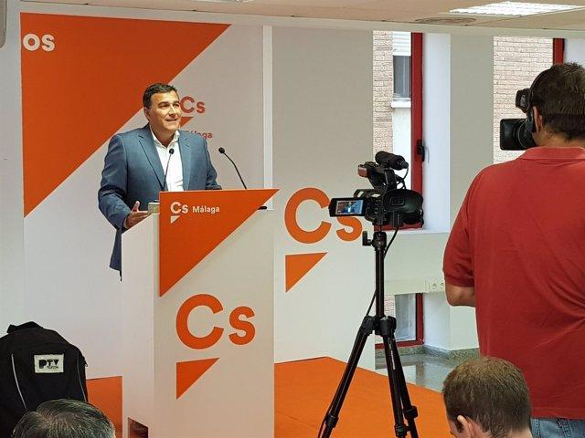 Carlos Hernández Cs, en rueda de prensa
