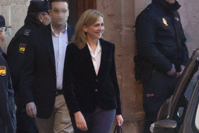 A la caza y captura de la persona  grabó vídeo Infanta Cristina ante JUEZ cASTRO