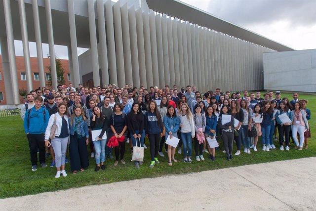 Alumnos internacionales de la Facultad de Económicas de la UN