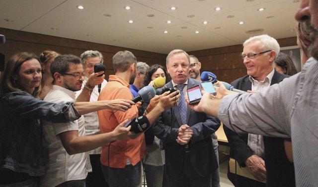 Moragues atiende a los medios tras la Junta de Seguridad