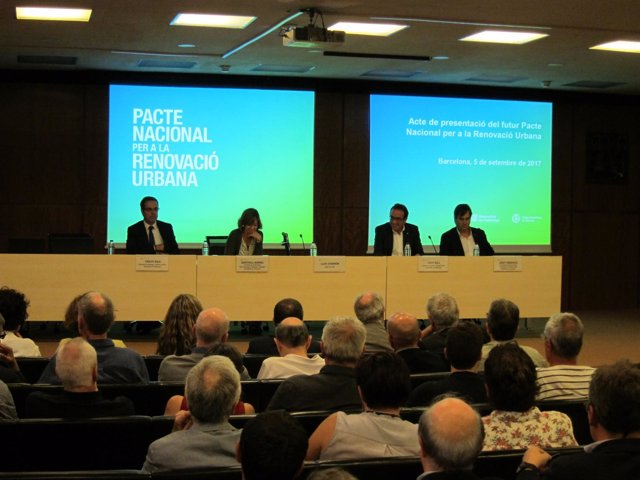Presentación del Pacto nacional por la renovación urbana