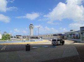 Cierran el aeropuerto San Juan de Puerto Rico por el paso de 'Irma'