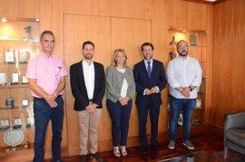 Cabildo de Tenerife y Cruz Roja firman un convenio de colaboración sobre protección civil