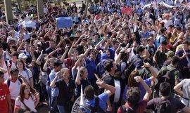 Cada vez hay más colegios en Paraguay que se suman a las protestas para reclamar mejoras