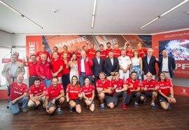 El Rey Juan Carlos y la Infanta Elena apadrinan el ambicioso proyecto del Mapfre en la Volvo Ocean Race