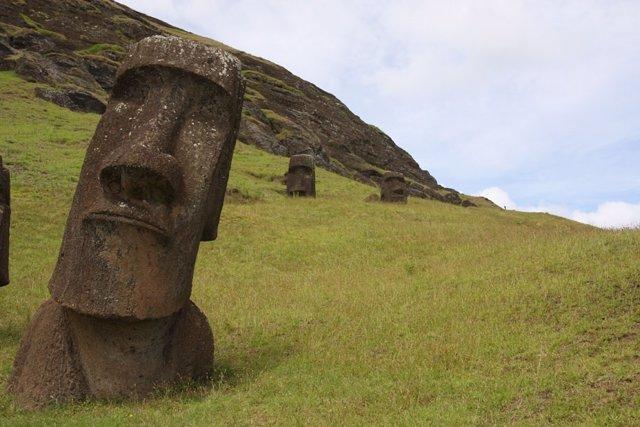 Uno de los moais de la Isla de Pascua