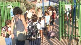 Más de 197.000 escolares de infantil, primaria y educación especial comienzan el curso este lunes