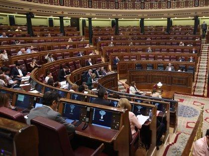 El Congreso debate esta semana dos mociones de PSOE y Podemos sobre pensiones y Garantía Juvenil