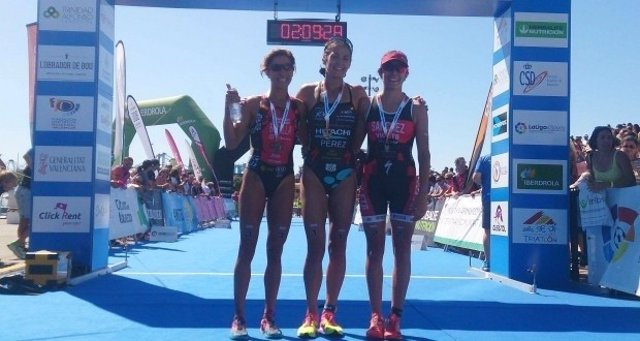 Sara Pérez triatlón campeona España