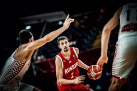 Shved pone a Rusia en cuartos y Serbia y Letonia también avanzan