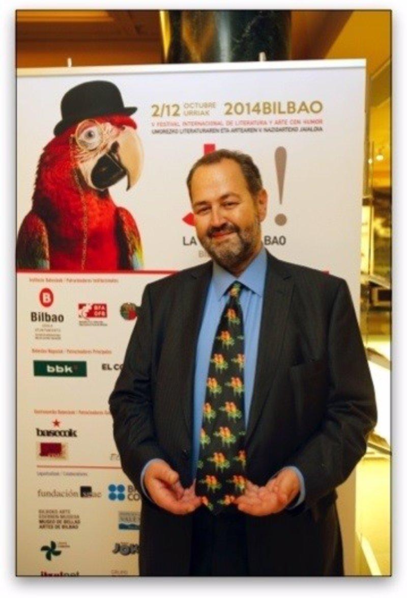 Juan Bas aborda en su nueva novela 'El refugio de los canallas' las consecuencias familiares de la violencia de ETA