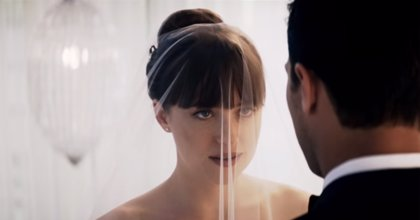 Christian Grey y Anastasia se casan en el tráiler de 50 sombras liberadas
