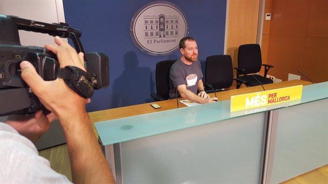 Abril responde a Company: 'Cuando el PP pida perdón por todo lo que han robado y todo el mal causado, yo dimitiré'